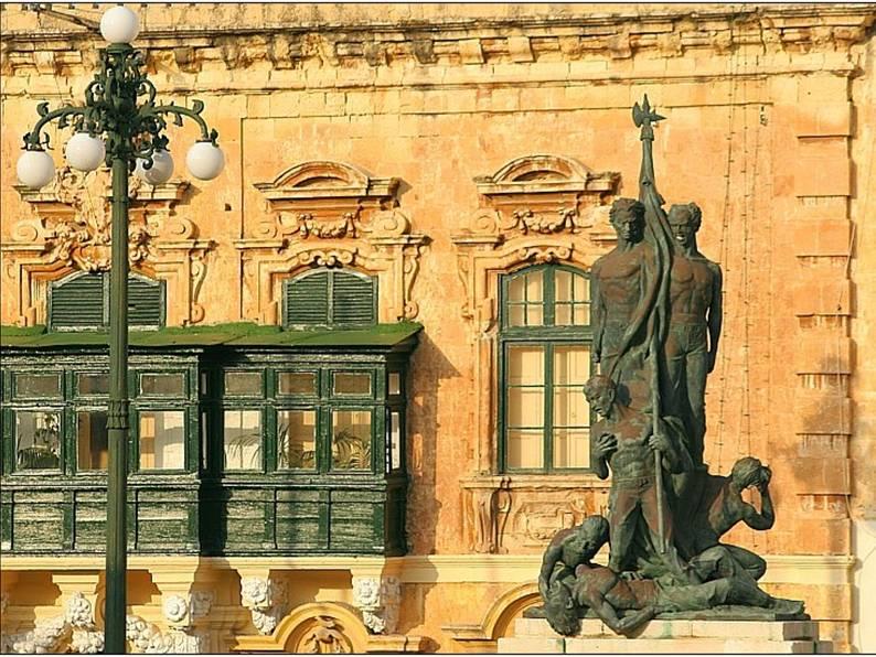sete de junho monumento Malta
